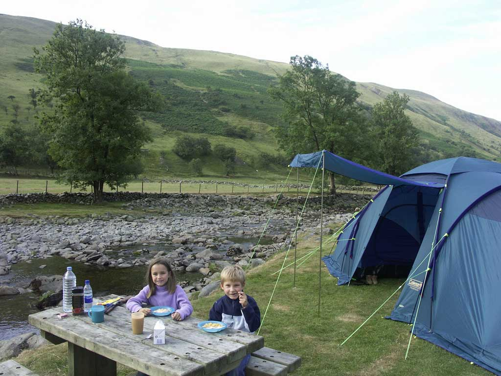 welsh accommodation four star self catering accommodation close to the elan valley camp site. Black Bedroom Furniture Sets. Home Design Ideas